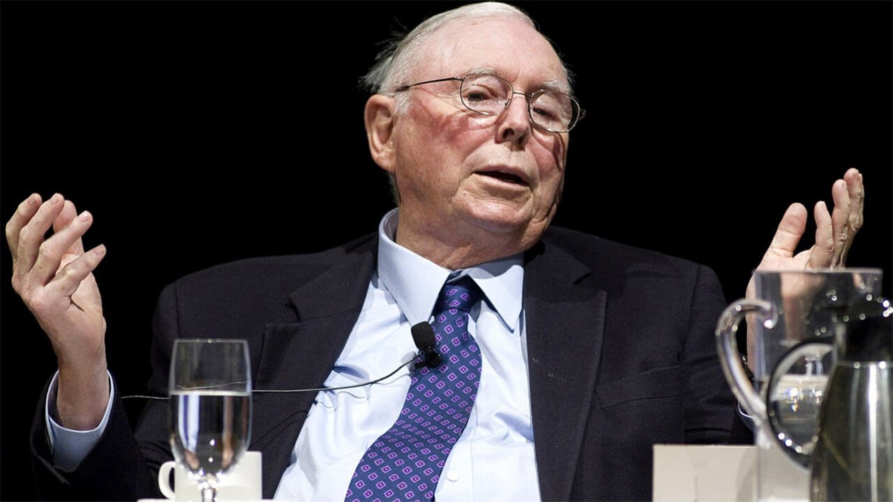 Charles Munger called bitcoin a poison and called on the authorities to fight